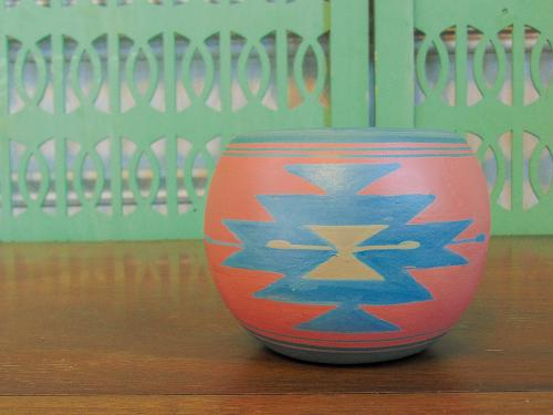 Sioux Pottery Native American Planter artist Sherry Silver Thunder