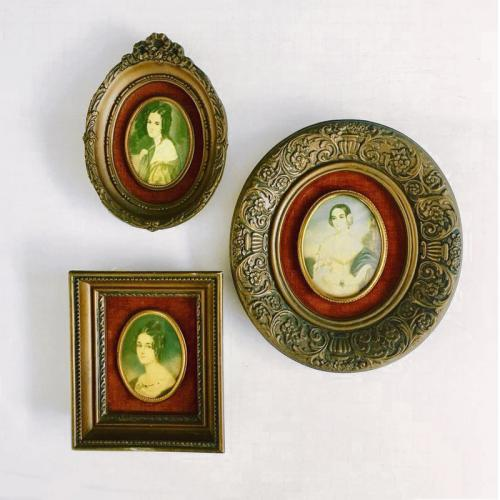 Vintage Cameo Creations Portraits - Set of 3