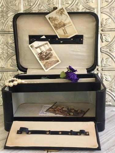 Vintage Train Case 1930s - Black Leather with Removable Tray